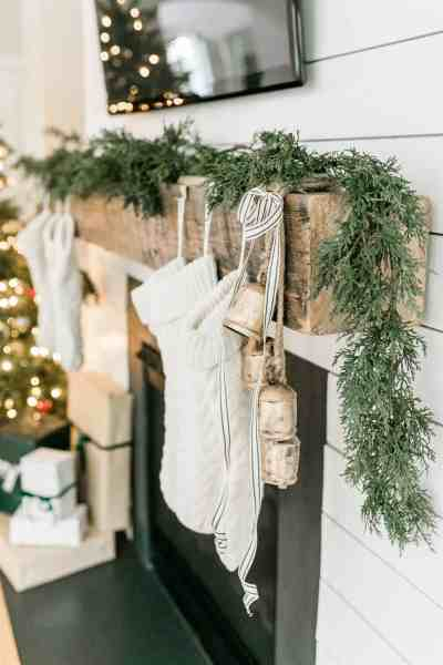 Christmas Decor Inspiration - Create a minimal and natural Christmas look this season while shopping with Wayfair.