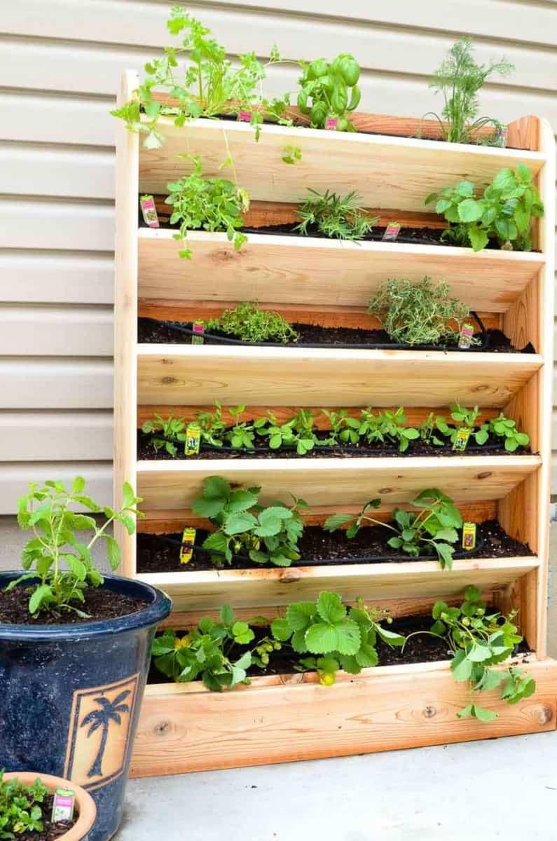 Houseful of Handmade Vertical Garden Bed
