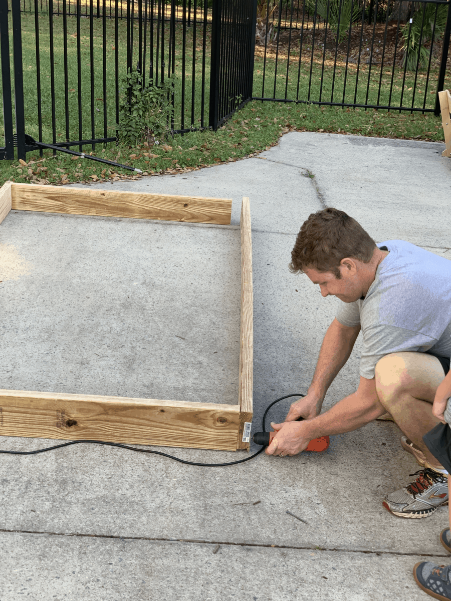 DIY raised garden beds with free garden plot designs for your fruits, vegetables, and herbs #gardenbeds #gardendesign #raisedgardenbeds #vegetablegarden #raisedgarden
