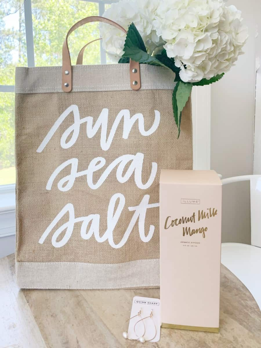 Mother's Day Gift Ideas for the Homebody, Sun Lover, Gardener, and Coastal Mom.  #coastalhome #mothersday #mothersday2020 #mothersdaygifts #giftideas #gardening #beachlist