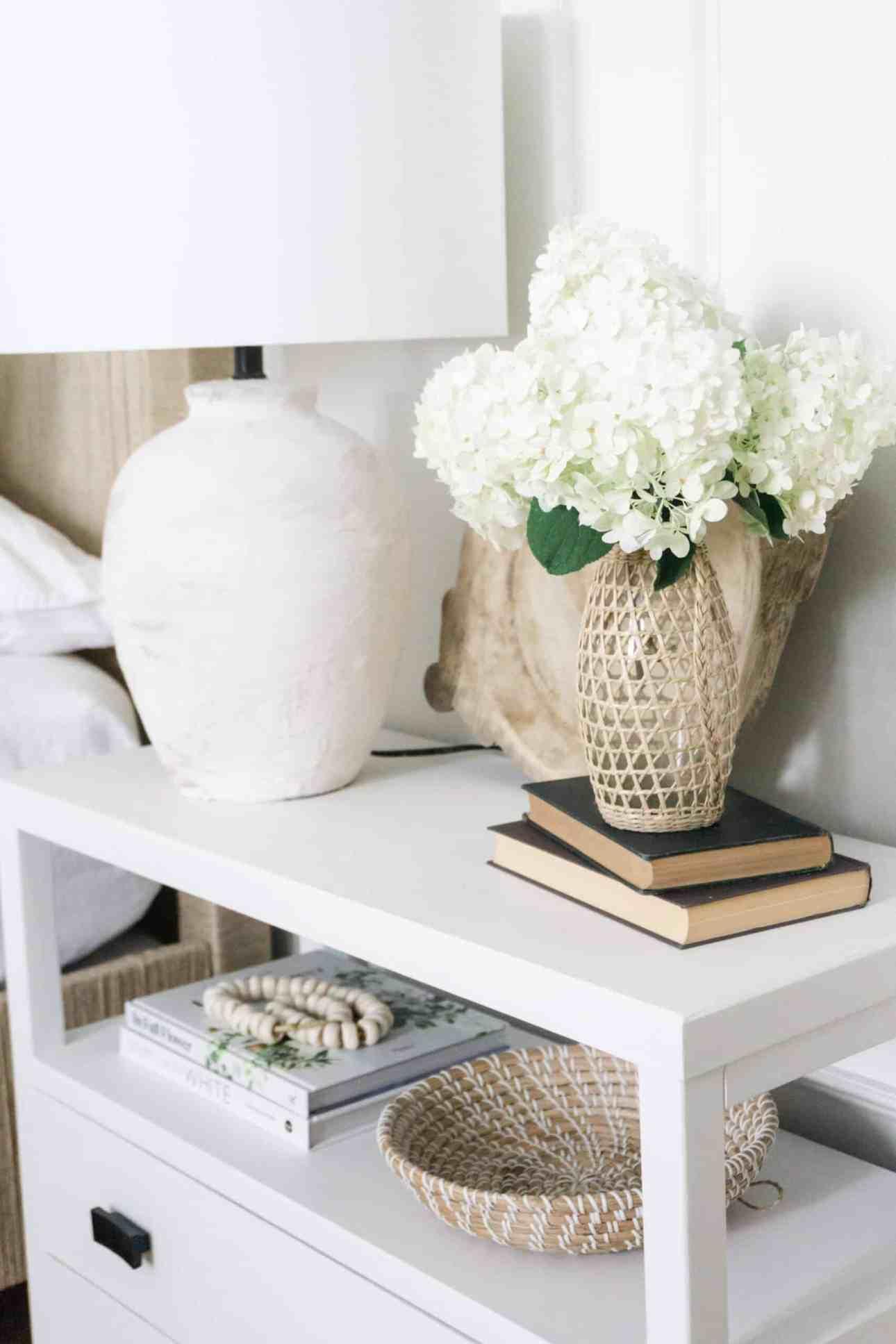 White wedding hydrangea arrangement.