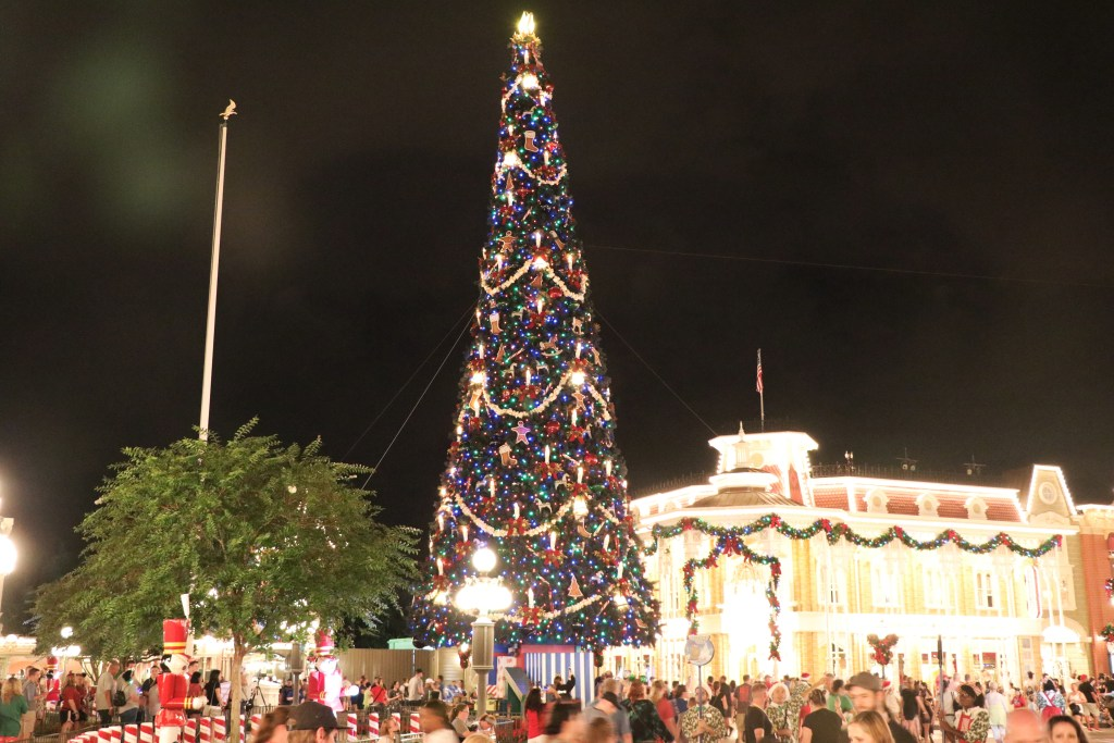 The ultimate guide to Mickey's Very Merry Christmas Party