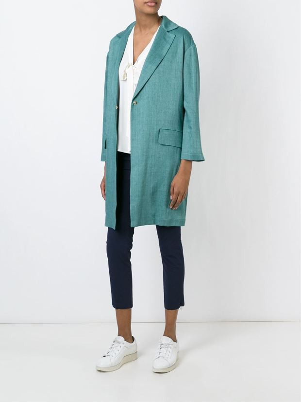 mint-green-coat_thecolorharmony