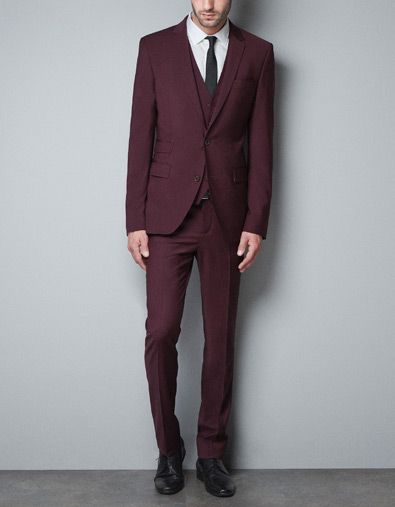 maroon-suit_thecolorharmony