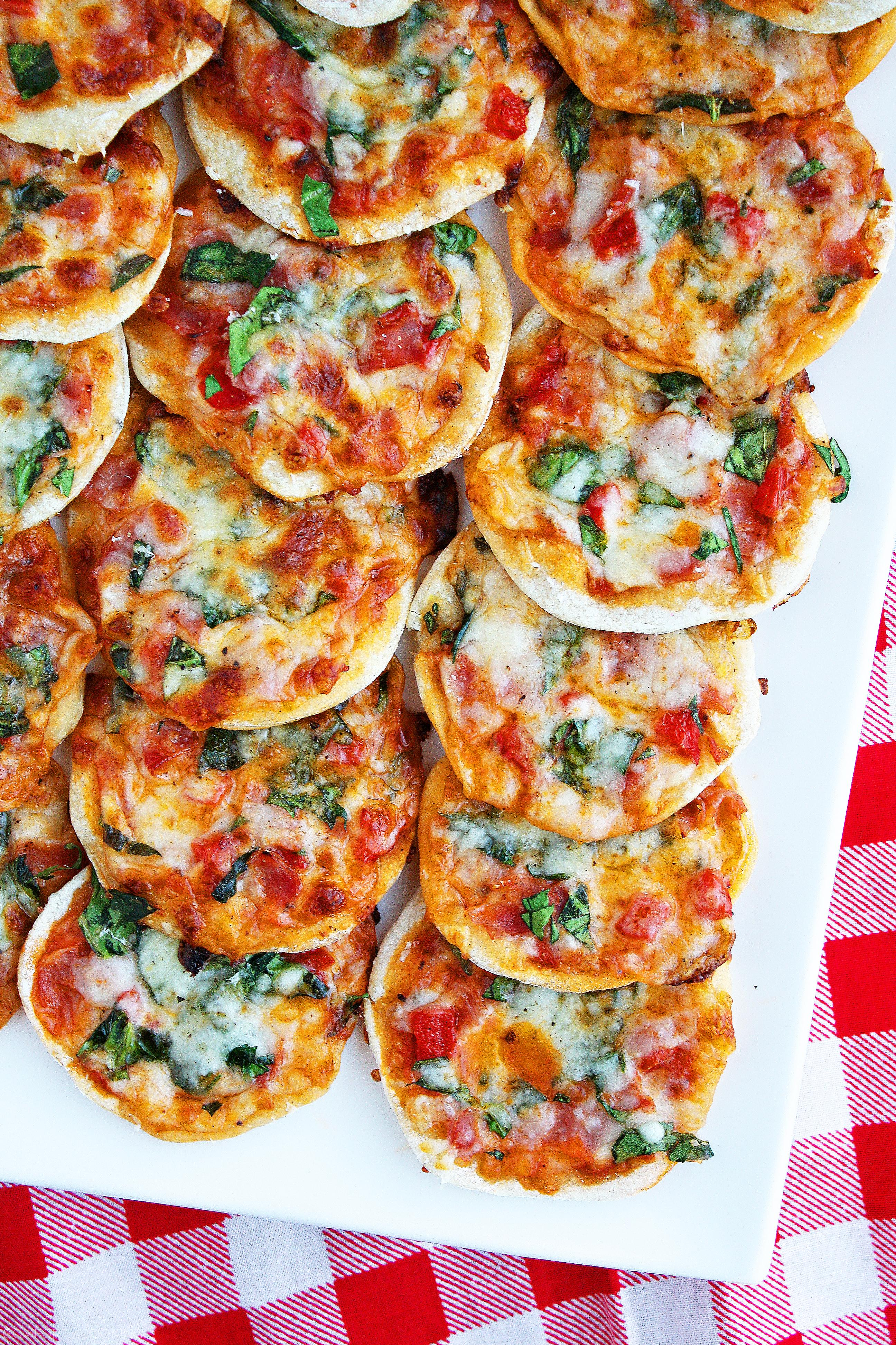 Make Your Own Mini Pizzas Homemade Pizza Dough The