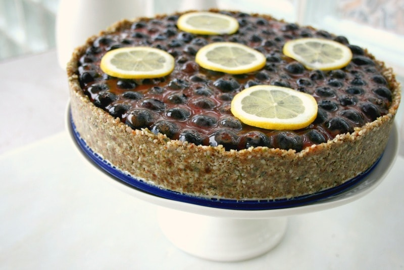 Lemon curd tart recipe with blueberries