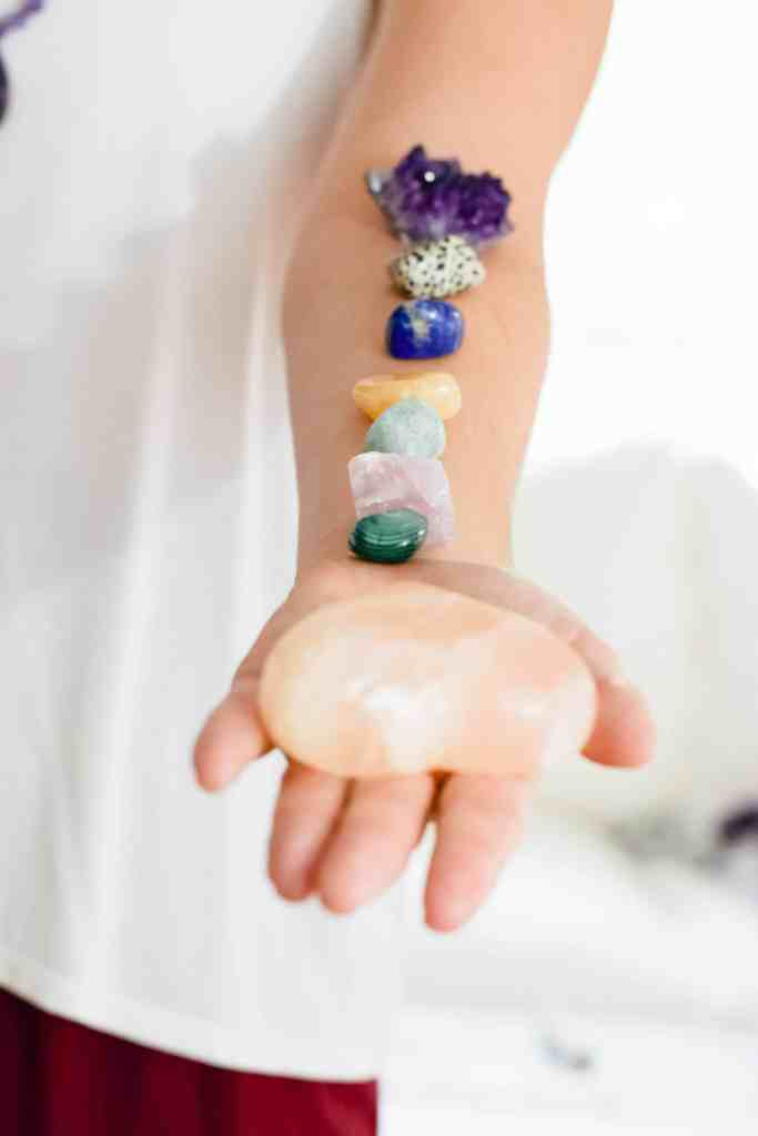 millennial wellness trends 2018, crystals