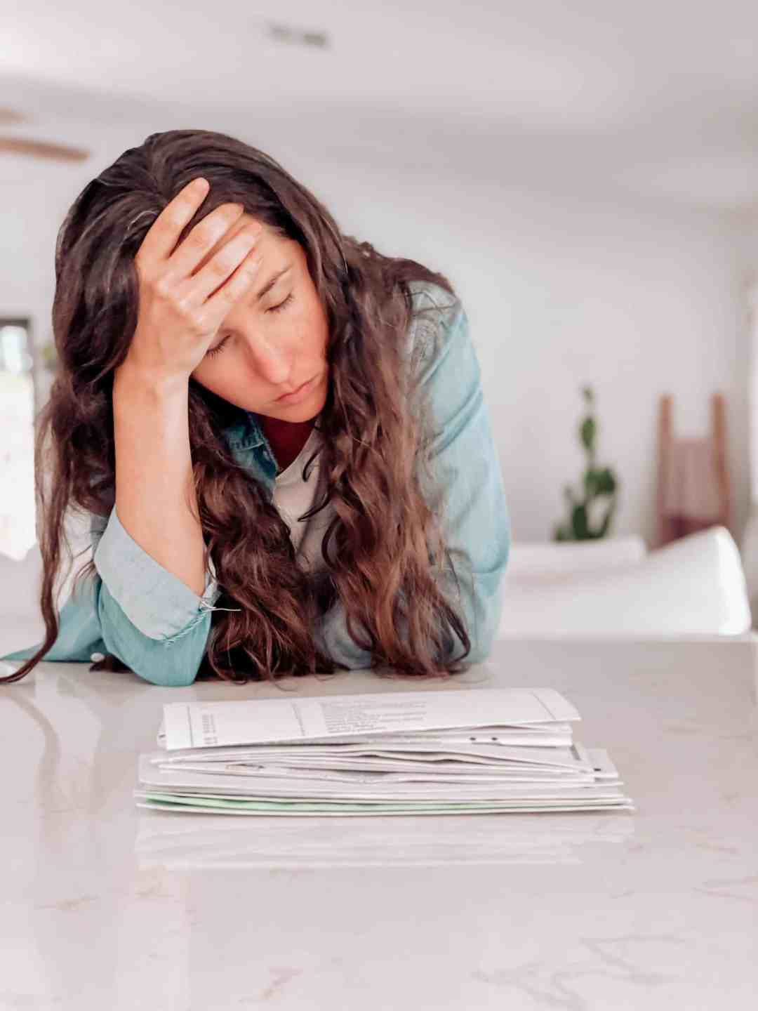 11 Ways To Cope With Financial Stress And Anxiety, how to deal with financial stress in marriage, ways to reduce and overcome financial stressors, how to handle and manage money during tough times causing anxiety or problems in your relationship, personal financial tips for relief around money stress, #financialstress #financestress, #moneystress, #personalfinancetips