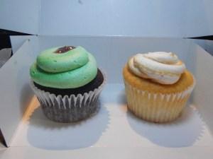 two amazing cucpcakes