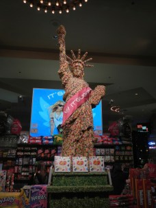 Statue of Liberty made of Jelly Beans @ It's Sugar Las Vegas