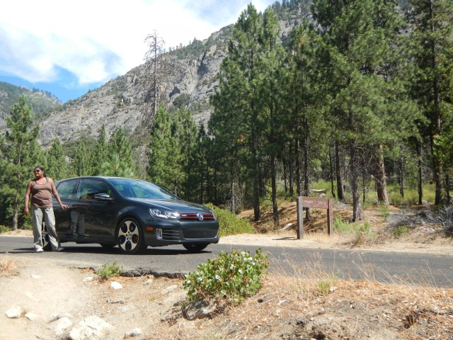 Driving in Kings Canyon National Park