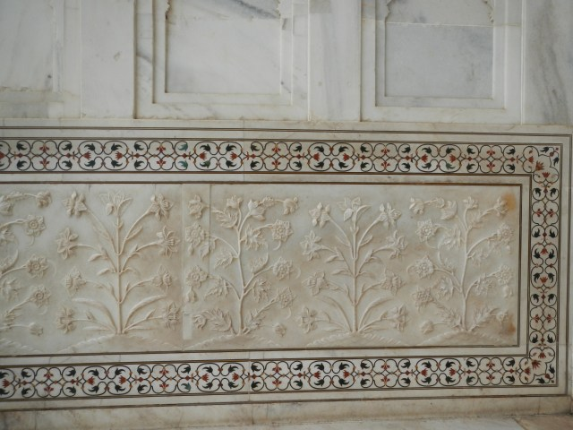 Flowers on the wall of the Taj Mahal