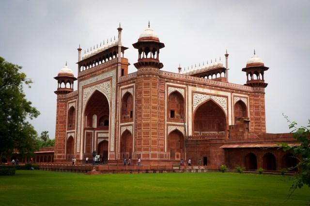 The Main Gate leading to the Taj Mahal