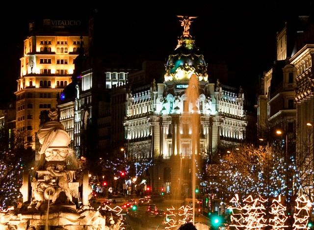 Plaza_de_Cibeles_(Madrid)_12