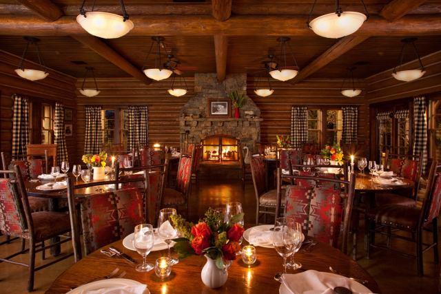 Granite-Lodge-Dining-Room
