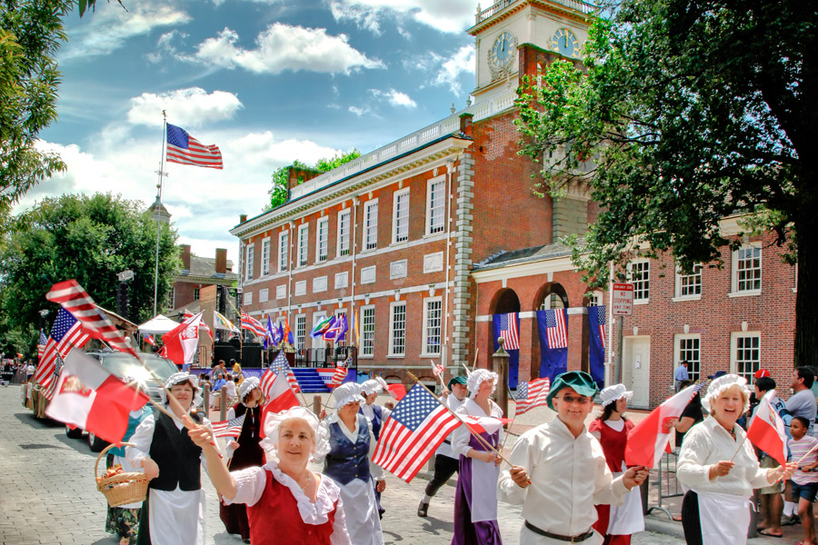 https://i1.wp.com/www.theconstitutional.com/sites/drupal.theconstitutional.com/files/Blog/july-4th-independence-hall-parade-900VP.jpg
