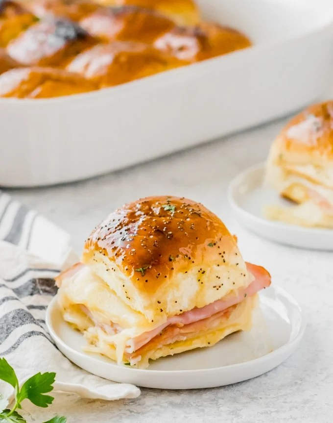 Hawaiian Roll sandwiches with ham and cheese