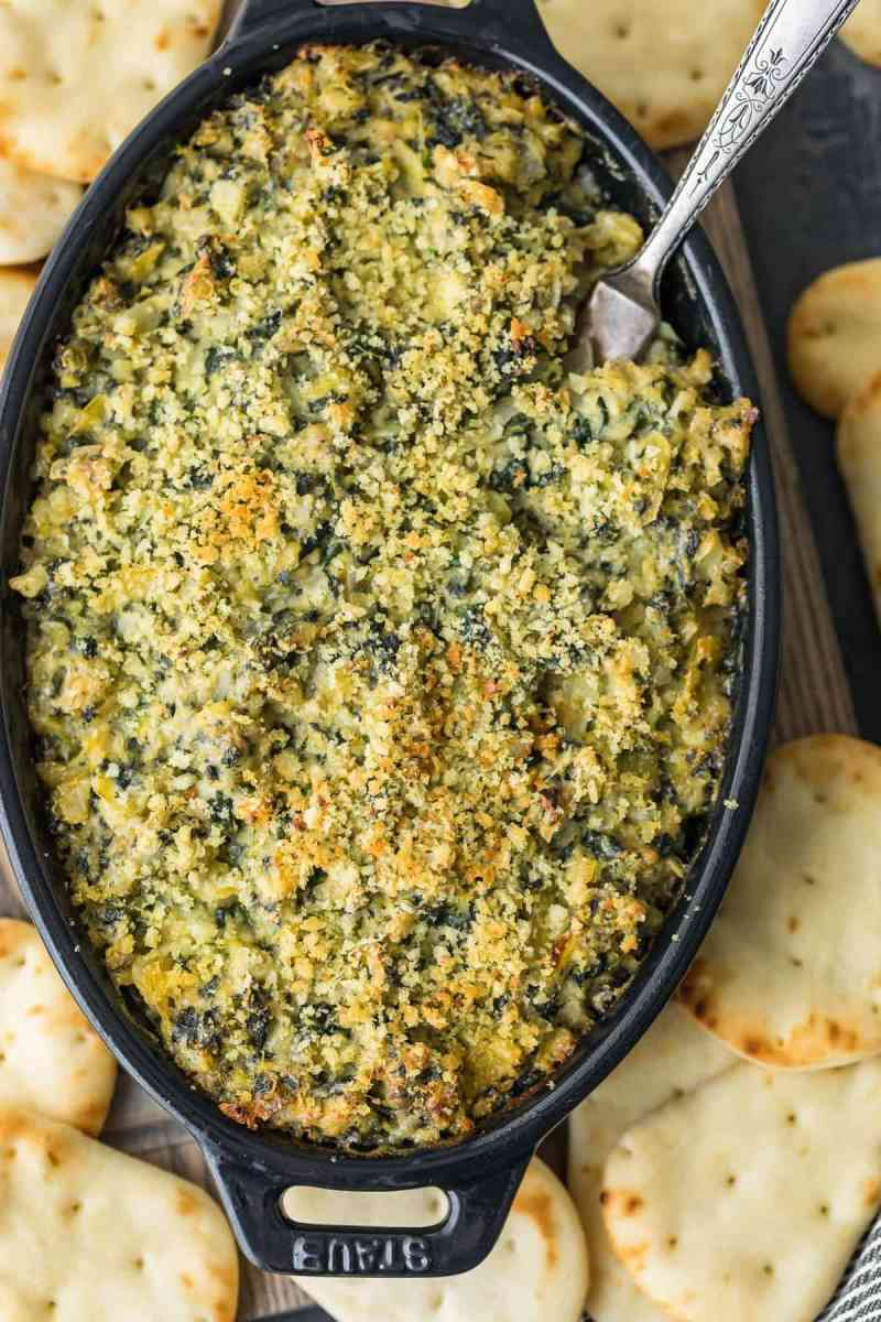Baked Spinach Artichoke Dip served with crackers