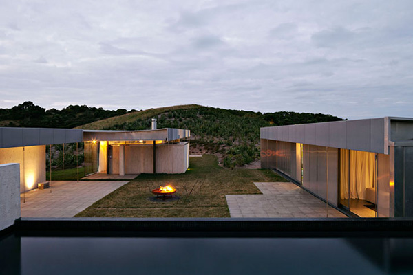 Waiheke Island Retreat - Fearon Hay Architects 11