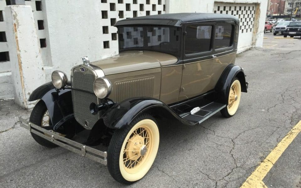 22 Vintage Cars You Should Add To Your Collection | The Ultramodernist
