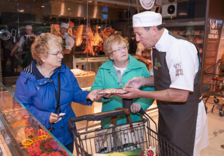 """IN-HOUSE BUTCHER: """"James Whelan"""" opens in Dunnes Stores Bishopstown Court"""