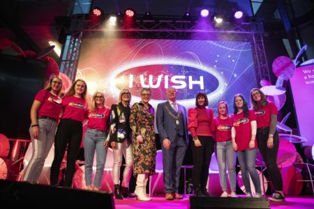 Thousands of Female Students Explore Future Careers in STEM at I WISH