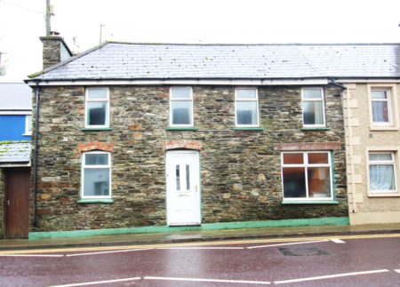 PROPERTY: 2-storey house in West Cork for €75,000 includes a Civil war memorial