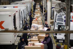 Online shopping during COVID-19 drives massive surge in holiday shipping