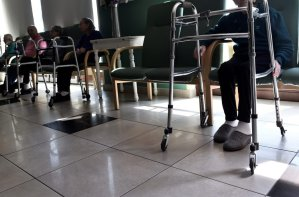 Coronavirus deaths in long-term care underscore need for home supports, advocates say