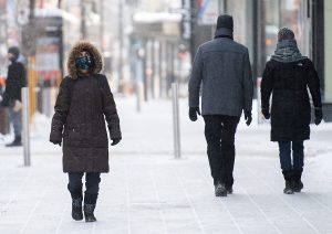 Hospitalizations drop as Quebec reports 1,685 new COVID-19 cases, 76 new deaths