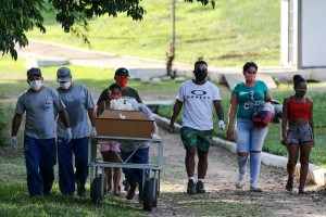 Brazil COVID-19 deaths on track to pass worst of US wave