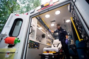 Canada's COVID-19 death toll could be thousands higher than official count: report