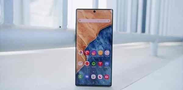 Samsung Galaxy Note 10 Plus - Go Big or Go Home