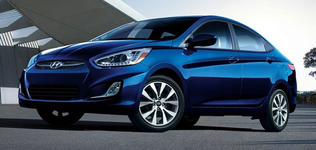 Costa Rica Rent A Car Hyundai Accent Blue Manual 16 L