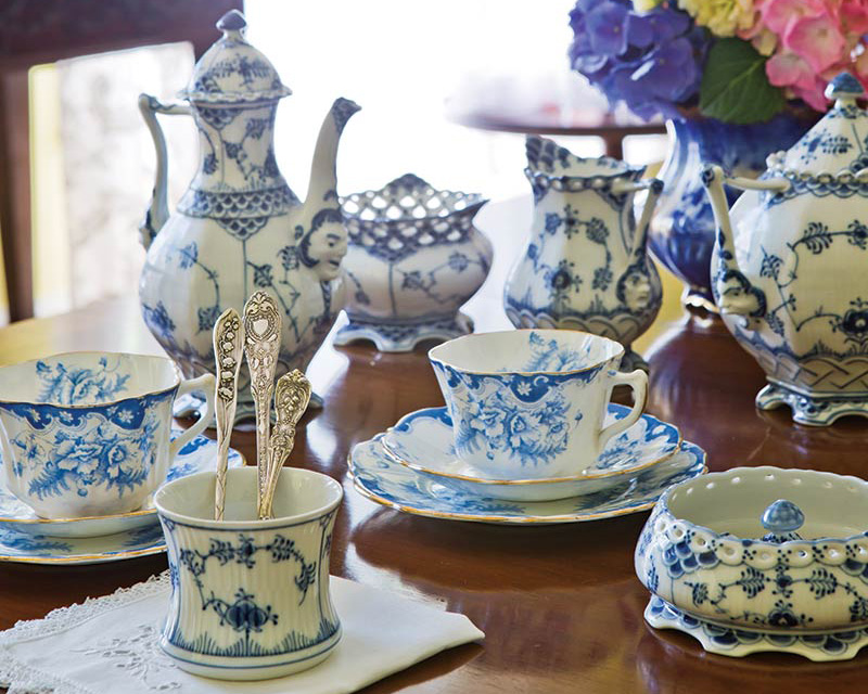 The Art Of Blue And White China The Cottage Journal