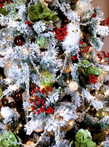 Creature Comfort Christmas tree decorating ideas