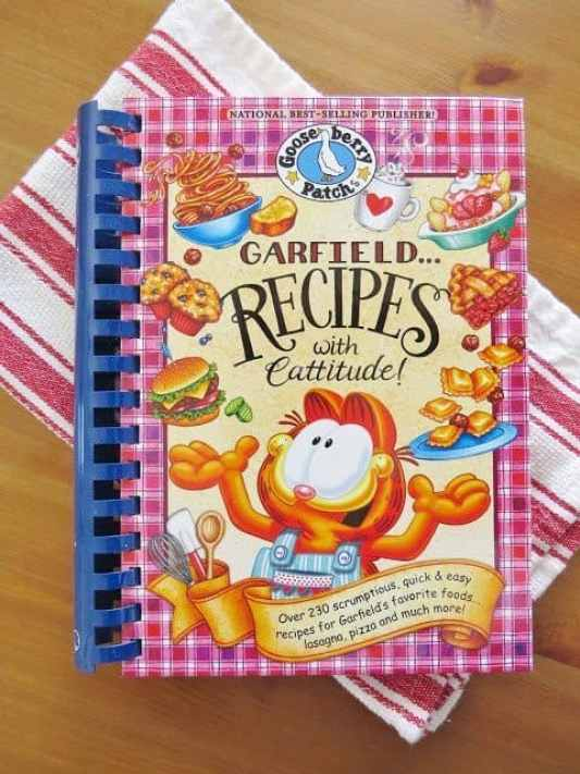 Gooseberry Patch and Garfield recipes cookbook