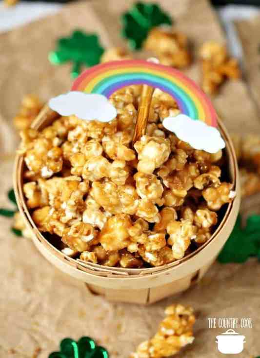 Easy Homemade Caramel Popcorn recipe
