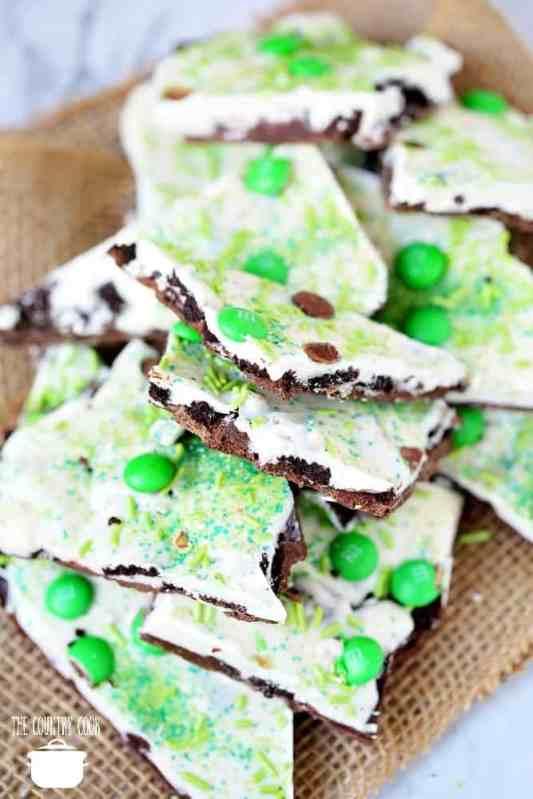Saint Patrick's Day Oreo Cookie Bark