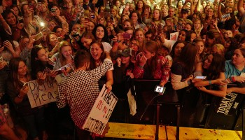 Thomas Rhett Continues To Give Fans First Taste of