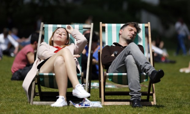 Unseasonably good weather is expected to take hold across Courier Country.