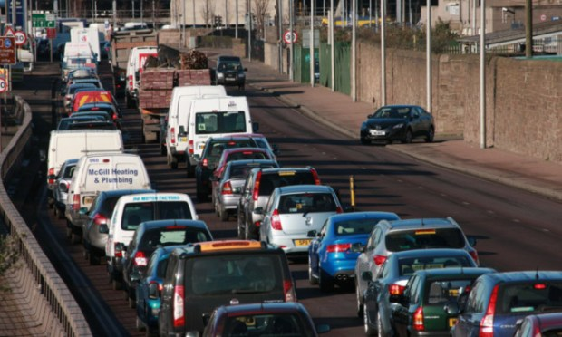 Work on the Dundee waterfront is causing traffic problems.