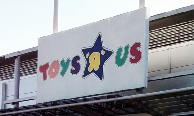 Police were called to the Toys R Us store in Dundee on Easter Sunday.