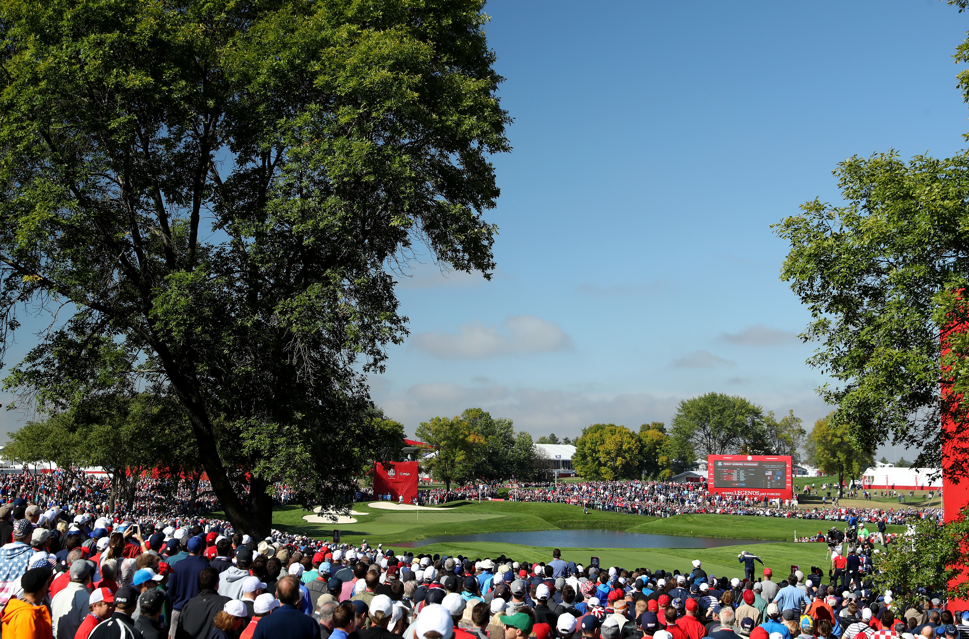 Huge crowds saw the USA dominate the opening morning of the 2016 Ryder Cup