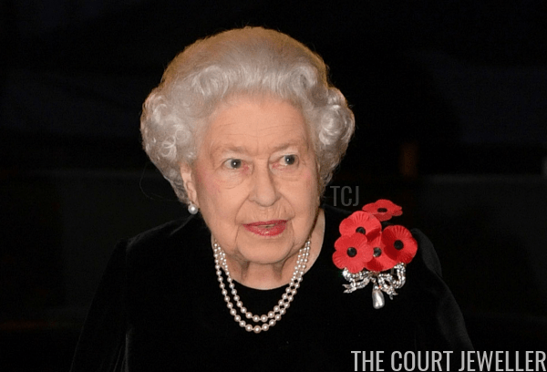 The Queen wears the Kensington Bow Brooch