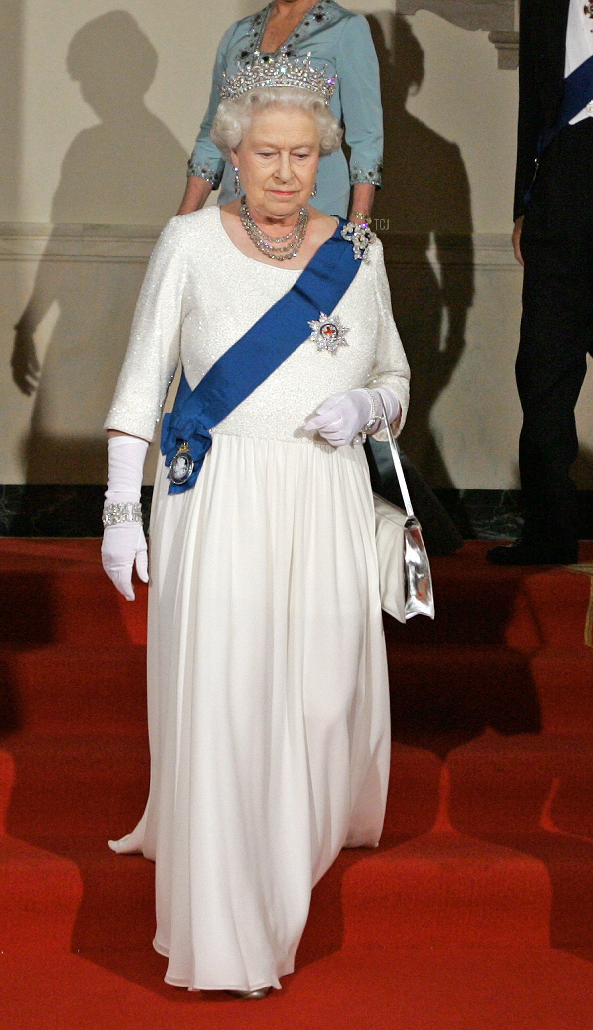 Queen Elizabeth II at the White House for a state banquet in 2007
