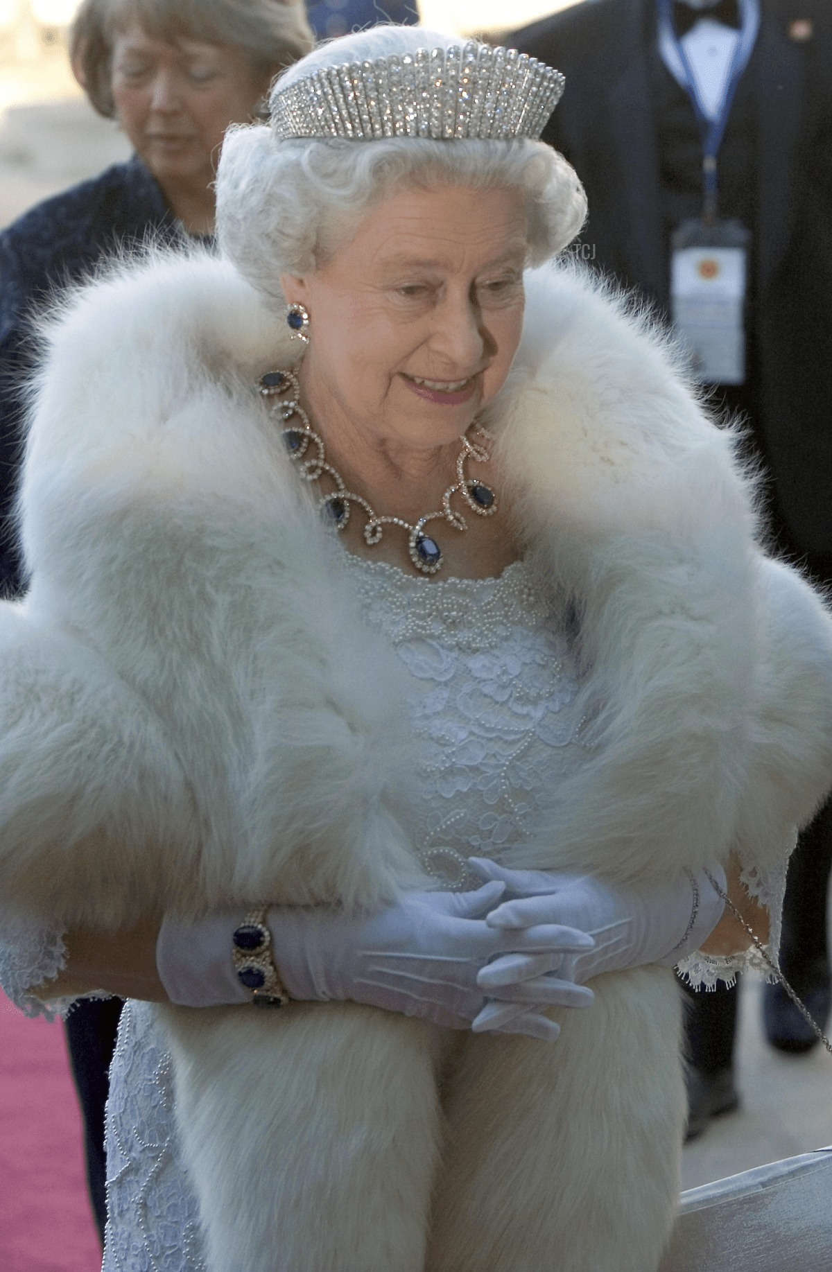 Queen Elizabeth II attends an official dinner in Edmonton during a tour of Canada, May 2005
