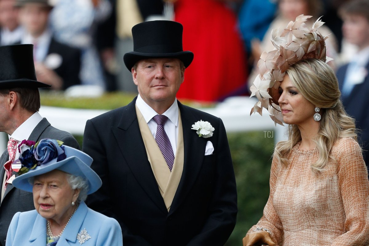 Britain's Queen Elizabeth II, Dutch King Willem-Alexander and Queen Maxima attend on day one of the Royal Ascot horse racing meet, in Ascot, west of London, on June 18, 2019