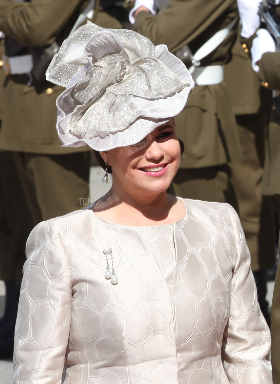 Grand Duchess Maria Theresa of Luxembourg and Grand Duke Henri of Luxembourg arrive in the cathedral to attend Te Deum on Luxembourg's National Day on June 23, 2010 in Luxembourg, Luxembourg