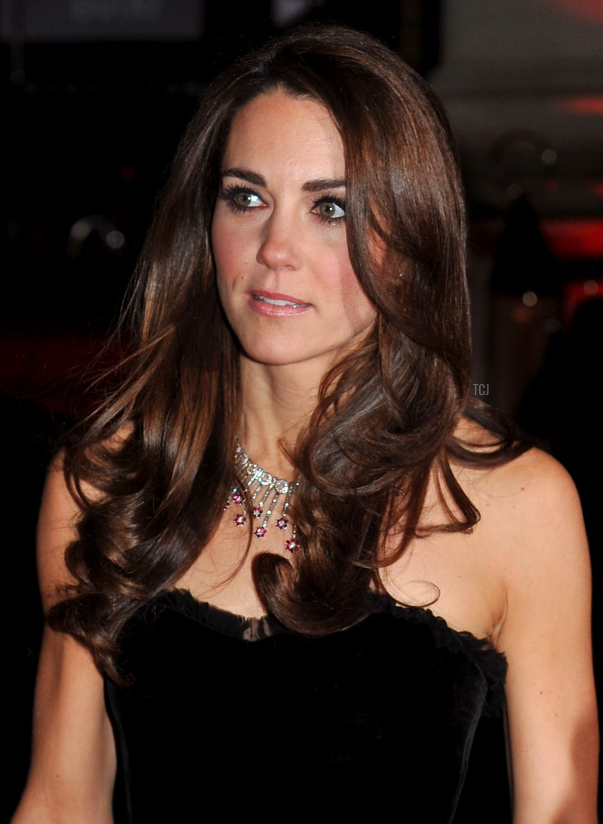 Duchess of Cambridge arrives at the 2011 Sun Military Awards at Imperial War Museum on December 19, 2011 in London